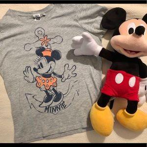 Minnie Mouse Disney steamboat Minnie